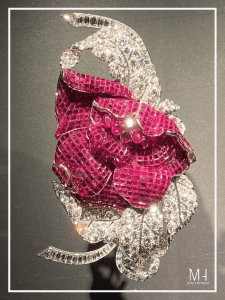 Peony Clip 1937 Platinum, rubies, diamonds, yellow gold Van Cleef & Arpels Collection