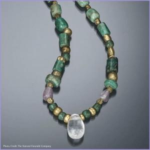 Ancient emerald jewellery
